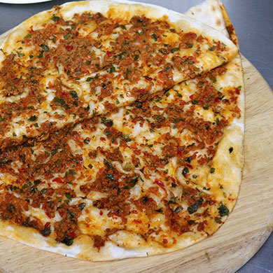 Lahmacun (Turkish Special Pide)